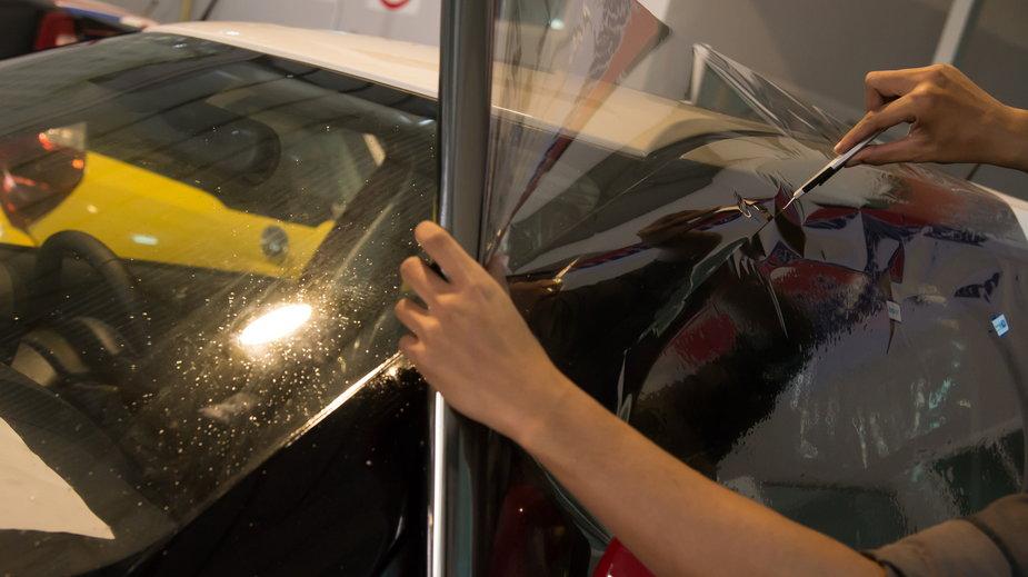 Folia ochronna na samochód