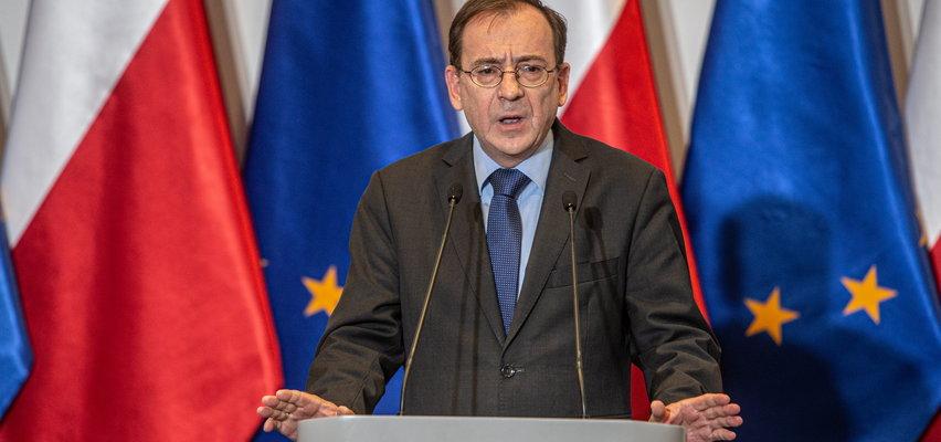 Minister Kamiński poucza Interpol. W tle zatrzymanie rosyjskiego działacza