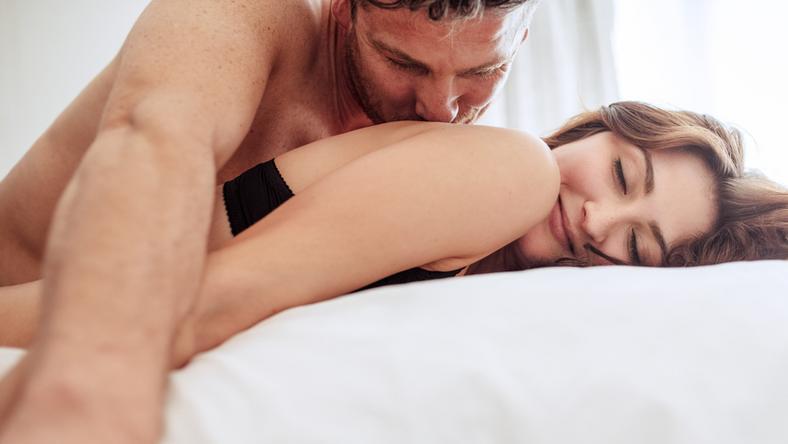 секс позы с женой видео