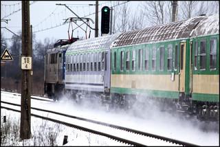 Polacy nie chcą jeździć koleją. Z pociągów skorzystało 2,5 mln mniej pasażerów niż przed rokiem