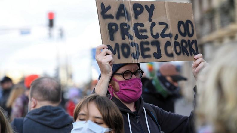 Protest w Warszawie przeciwko wyrokowi TK ws. aborcji