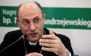 Prymas Polski: Moralnym obowiązkiem chrześcijanina jest deeskalacja konfliktu