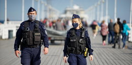 Tak policja w Sopocie walczy z koronawirusem! Będą kary za brak maseczek i dystansu