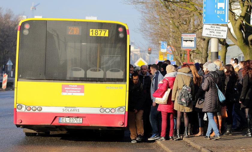 Łódź zablokowana po zamknięciu skrzyżowań z trasą WZ