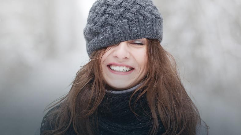 Co Zrobić Zimą By Fryzura Przetrwała Pod Czapką Uroda