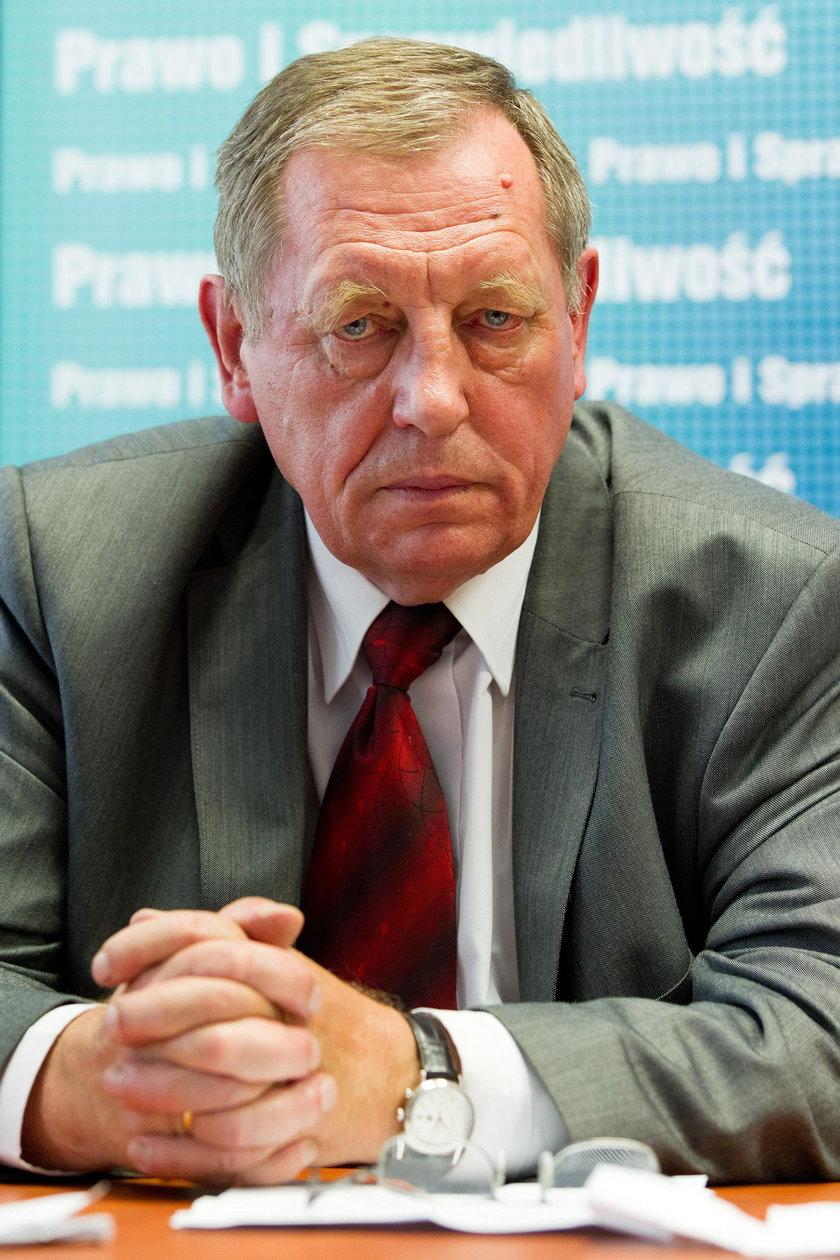 Minister Szyszko zgłosi ekrany do prokuratury