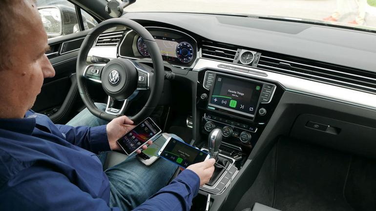 Internet w samochodzie - jak z samochodu zrobić connectedcar?