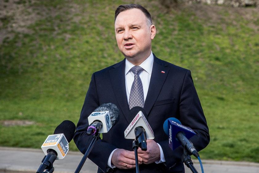 Andrzej Duda nie cieszy się wielkim poparciem wśród kibiców