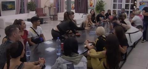 MILJANA GAĐALA ZOLU ŠOLJOM U GLAVU! Bivši verenik dozivao pomoć: Zovite POLICIJU! VIDEO