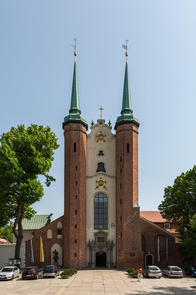 Gdańsk-Oliwa - zespół pocystersko-katedralny. Na zdjęciu: Bazylika archikatedralna w Oliwie
