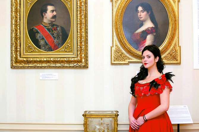 Portret kraljice Natalije koji je naslikao Vlaho Bukovac poredi se s čuvenom Mona Lizom