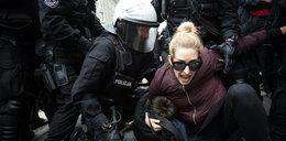 Starcia demonstrantów z policją. W tłumie szedł prezydent