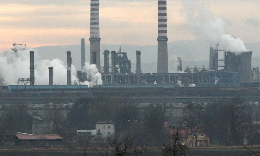 Kraków. 14 milionów ton odpadów z huty zatruwa glebę