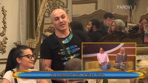 Cela vila Parova utihnula: U program se uključila Bakijeva supruga, a on joj poručio: 'Nije ti lako da gledaš ovo...'