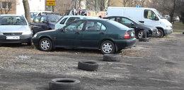 Tak się zajmuje miejsca parkingowe