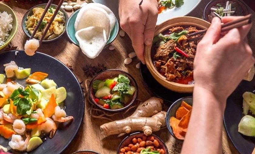 Restaurant Week 2021 od 8.09 do 26.09. 59 złza przystawkę, deser i danie główne.