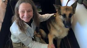 Niewidoma kobieta i jej pies przewodnik zostali wyrzuceni z samolotu