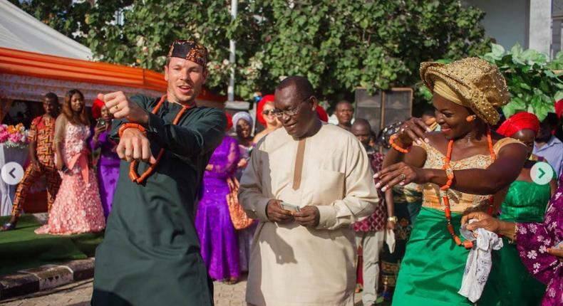 Chidiogo Akunyili with her dad Chike on her wedding day (Instagram, Chidiogo Akunyili)