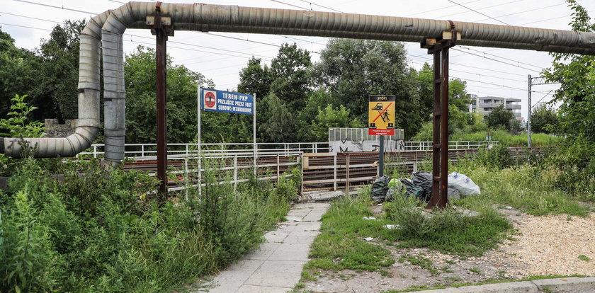 Mieszkańcy Żabińca walczą o budowę kładki nad torami