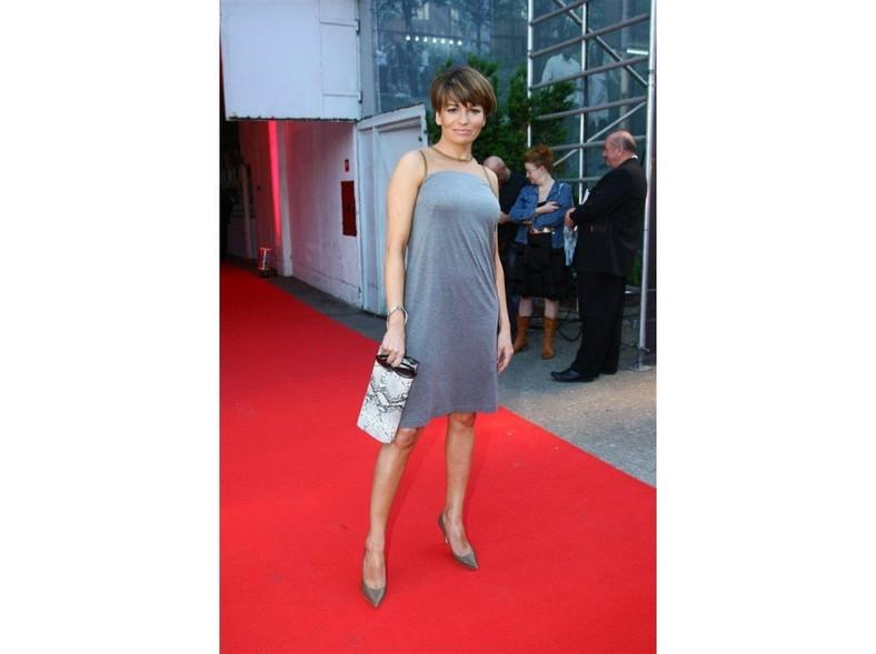 Dorota Deląg w mini na Fashion Designer Awards 2011