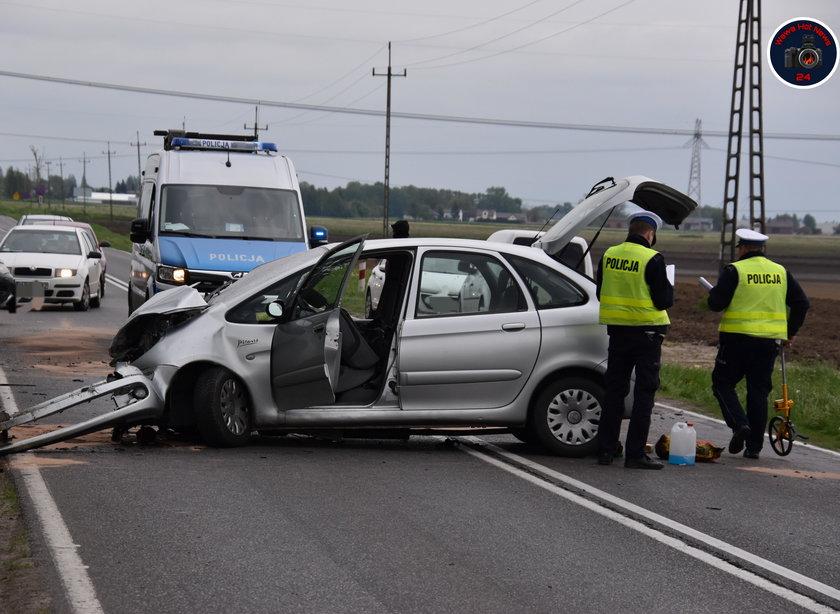 Masakra na drodze.