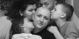 Chora na raka kobieta zabrała rodzinę do restauracji. Dostała nietypowy rachunek