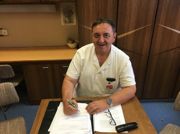 Dr Bratislav Trifunović bio je na čelu tima VMA koji su činili grudni, plastični i vaskularni hirurg i anesteziolog