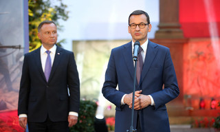 Ranking zaufania: Prezydent zyskuje, premier traci