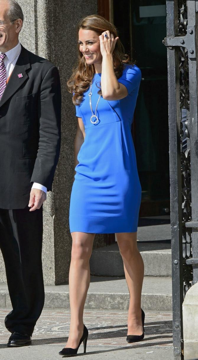 Debi Kejt Midlton u haljini Stele Makartni