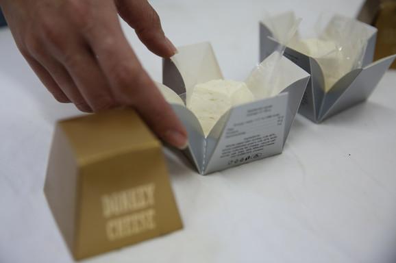 Kilogram magarećeg sira košta 1.000 evra