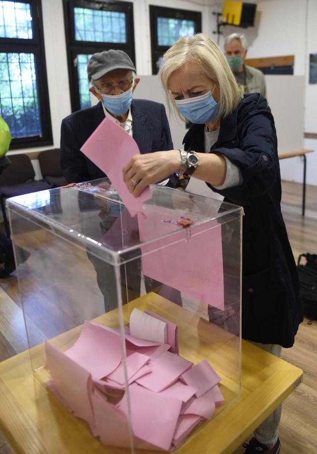 Koncentraciona Vlada bi sigurno donela vanredne parlamentarne izbore 2022. godine
