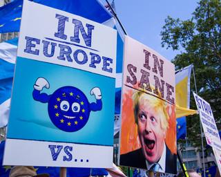Brexit: Brytyjski rząd zaprzecza, by chciał unieważnić ustalenia z UE w sprawie Irlandii Północnej