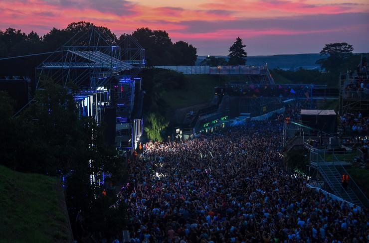 Novi Sad66 exit festival  svitanje dens arena foto Nenad Mihajlovic