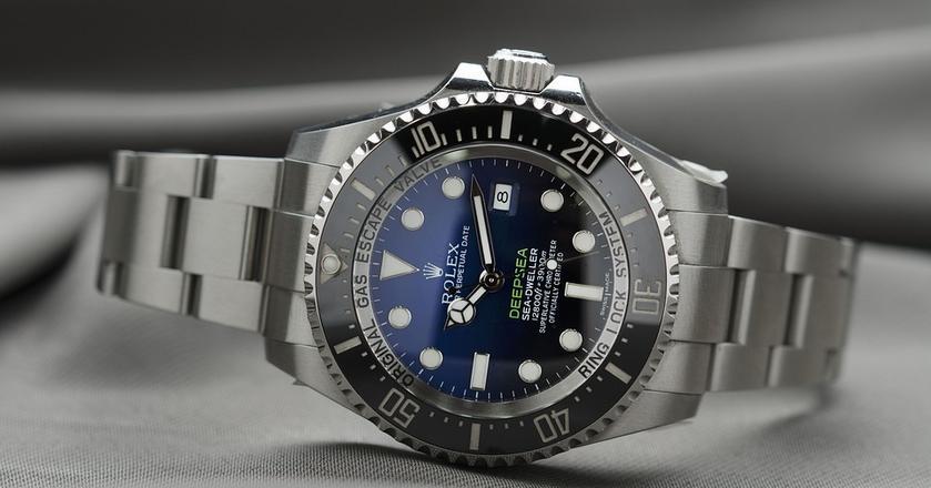 Szwajcarskie zegarki bardzo cienko przędły. Teraz widać poprawę