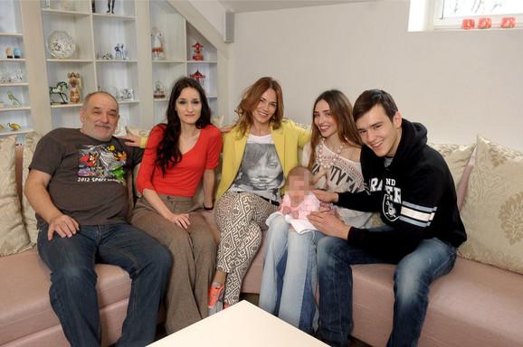 Porodica Balašević na okupu