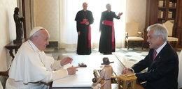 Zdecydowany ruch papieża w sprawie dwóch biskupów pedofilów