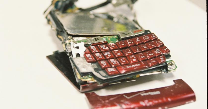 Rynkowy udział mobilnego systemu operacyjnego od BlackBerry spadł do zera