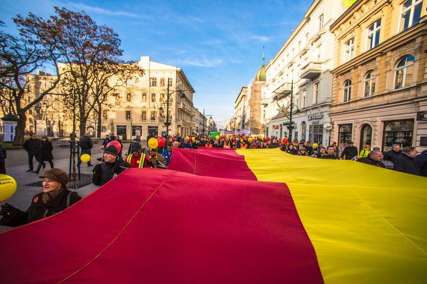 Murem za Hanką - marsz Piotrkowską