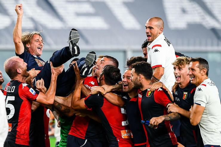 Fudbaleri Đenove slave ostanak u eliti