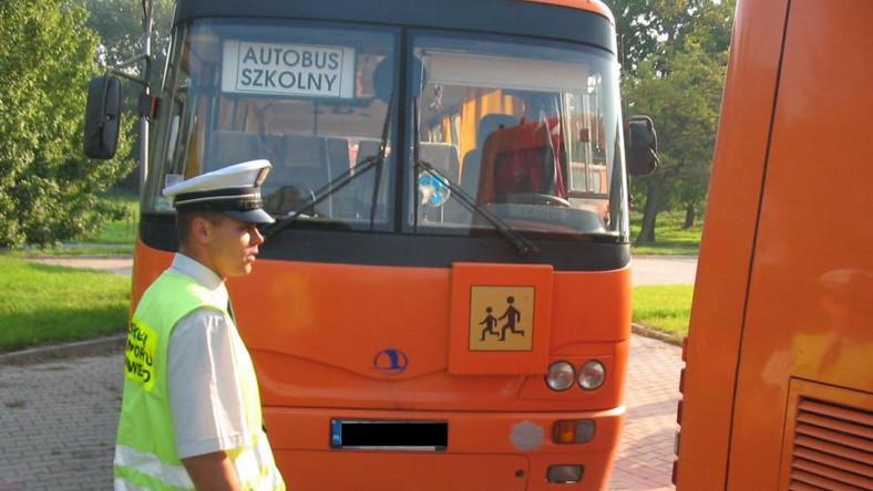 Kontrola autobusu szkolnego
