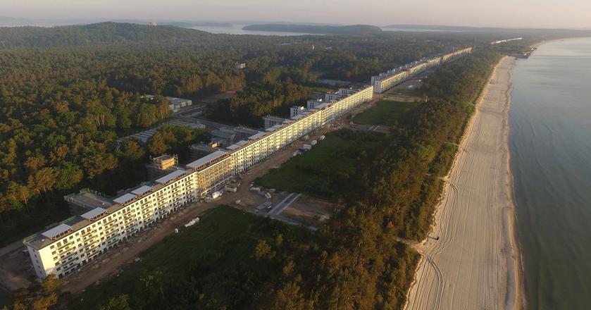 Prora - budowa kurortu rozpoczęła się w 1936 roku. Zostanie ukończony dopiero za kilka lat