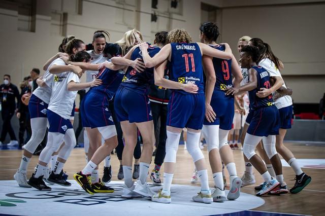 Slavlje košarkašica Srbije nakon plasmana na EP