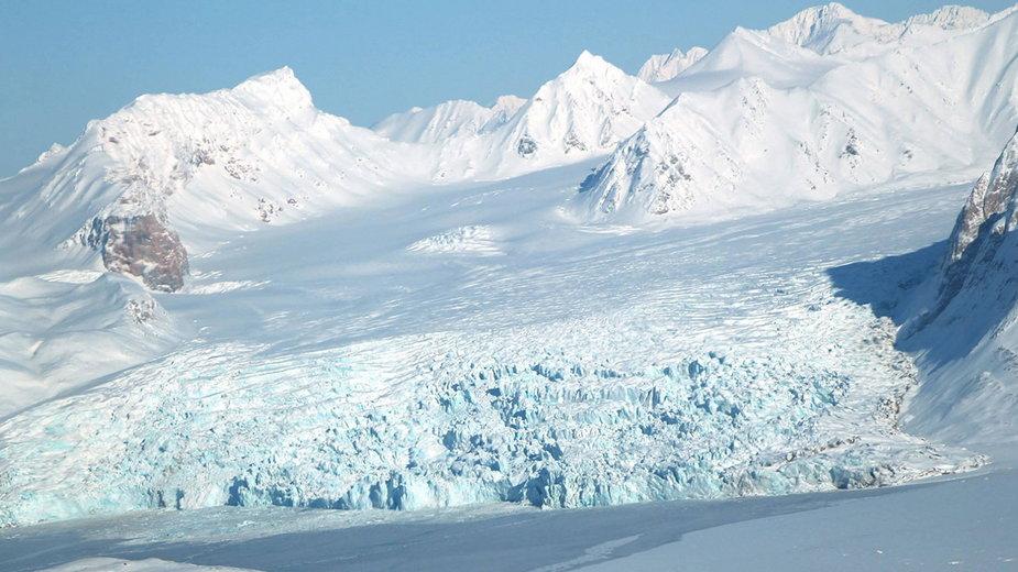 Antarktyda: Od lodowca oderwała się góra lodowa wielkości Londynu (zdjęcie ilustracyjne)