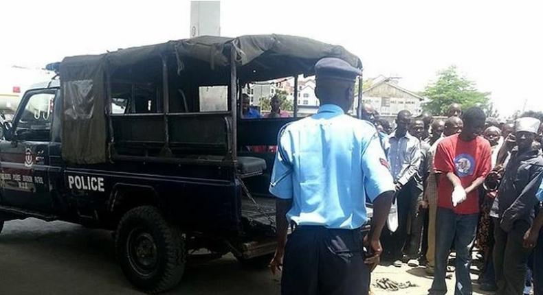 File image of police at a crime scene. The Star Siaya correspondent Eric Oloo found dead in Ugunja