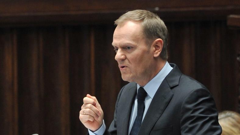 Już ponad co drugi Polak niezadolony z Tuska. Nowy sondaż polityczny