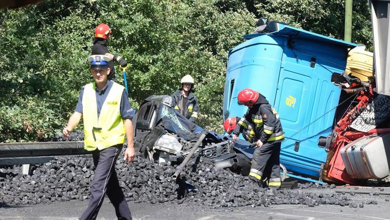 Śląskie: Zarzut spowodowania śmiertelnego wypadku dla kierowcy ciężarówki