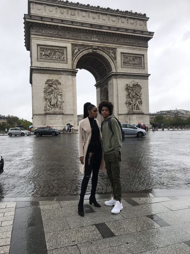 Violeta i Mirko u Parizu
