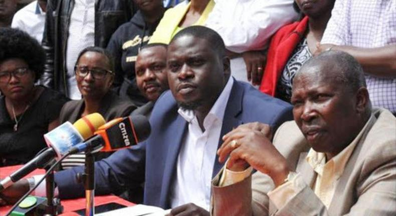 File image of Senators Johnson Sakaja flanked by Rachel Shebesh, Maina Kamanda and other Jubilee party politicians