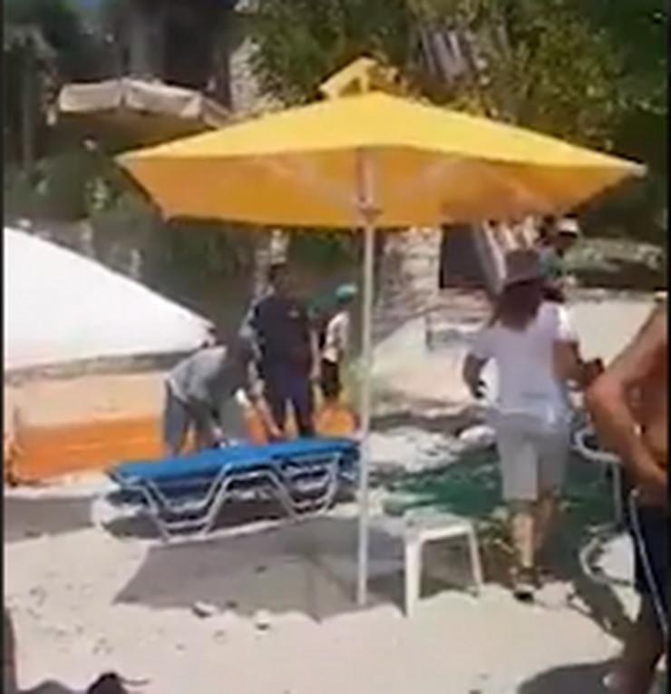 odnose ležaljke, plaža aliki, tasos