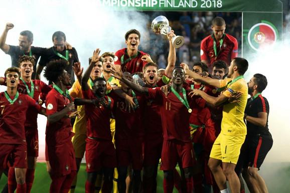 Fudbalska reprezentacija Portugala slavi titulu prvaka Evrope